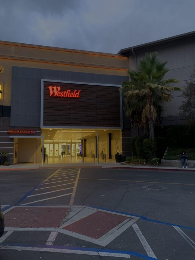 Westfield North County Opens and Closes